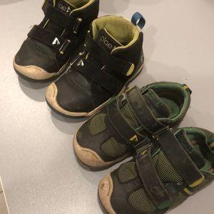 Plae size 10 boys shoes